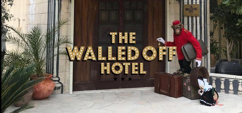 https_2.bp.blogspot.com-OWFcaEnCmTAWLww5IyUMUIAAAAAAADcHQJkF2fWLQr5ki_IC9BLAviL3lfhfWRyT3ACLcBs1600Walled_off_Hotel_Banksy